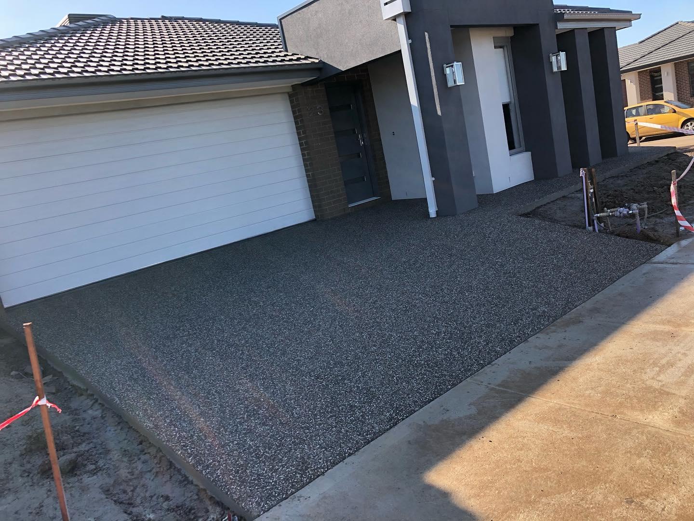 driveway 11